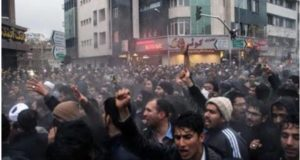 iran-teheran-autobuses-300x160